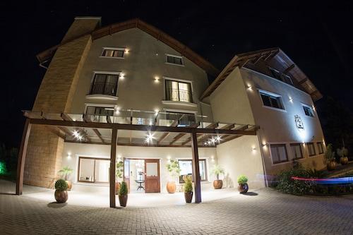 格拉馬杜因特拉肯飯店/