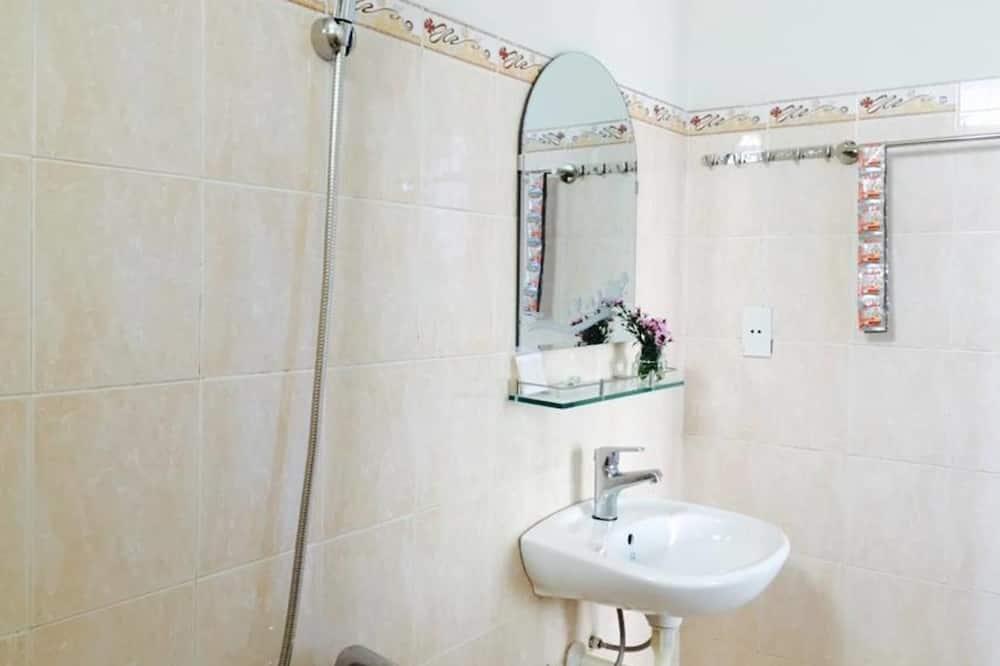 Izba typu Economy (with Air condition) - Kúpeľňa
