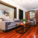 Family Suite, 3 Bedrooms - Living Room