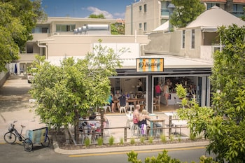Slika: 10 Hastings Street Boutique Motel & Cafe ‒ Noosa Heads