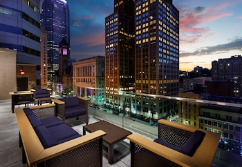 Foto di Distrikt Hotel Pittsburgh, Curio Collection by Hilton a Pittsburgh