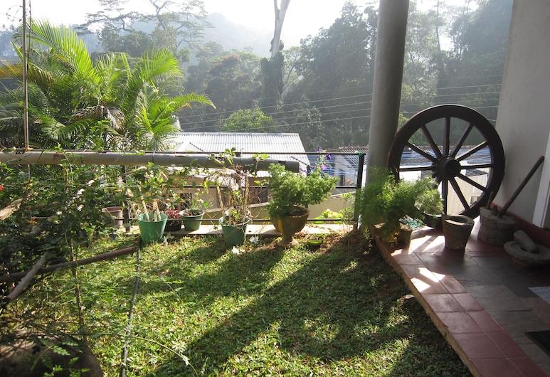 Bethel Homestay, Kandy, Сад