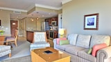 Choose This Luxury Hotel in Lahaina