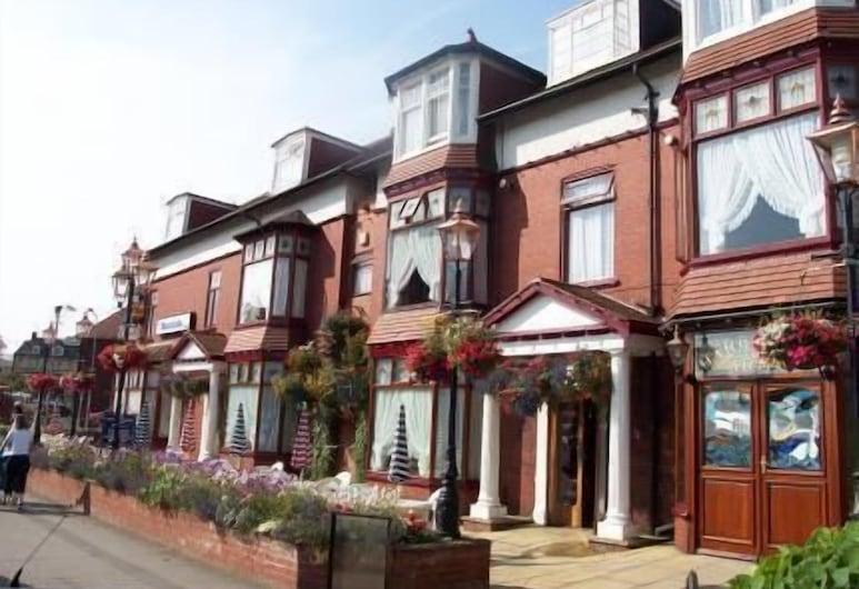 The Revelstoke Hotel, Bandar Bridlington