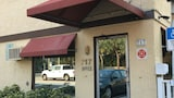 Book this Pet Friendly Hotel in Pompano Beach