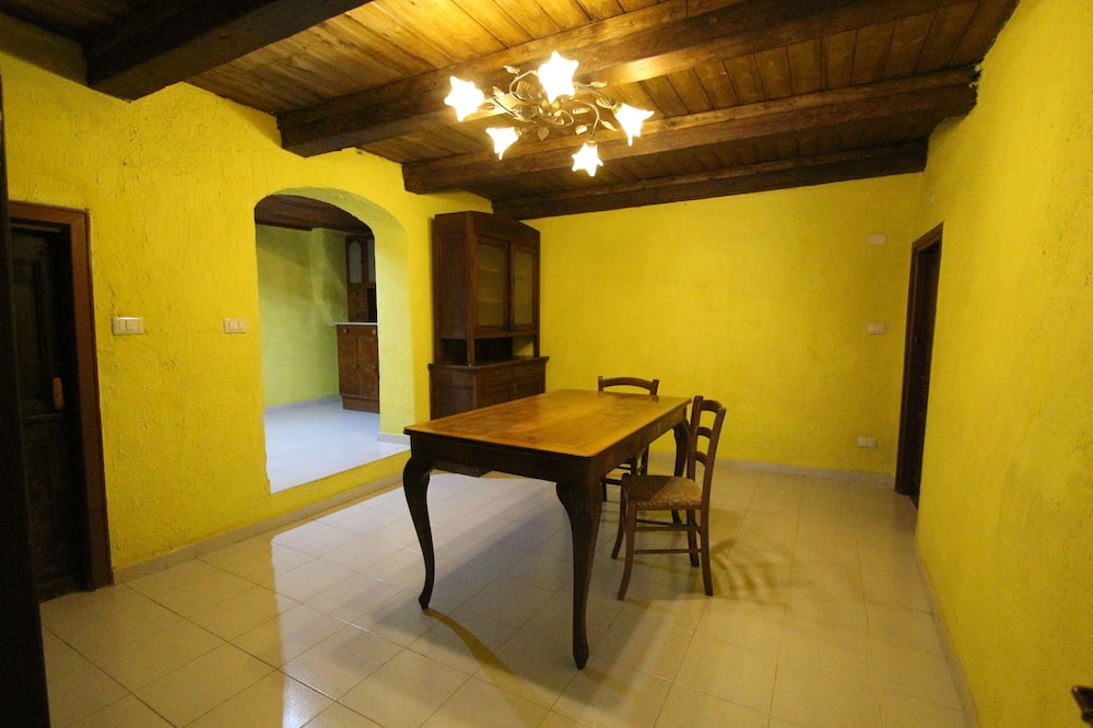 Family Room, 2 Bedrooms - In-Room Dining