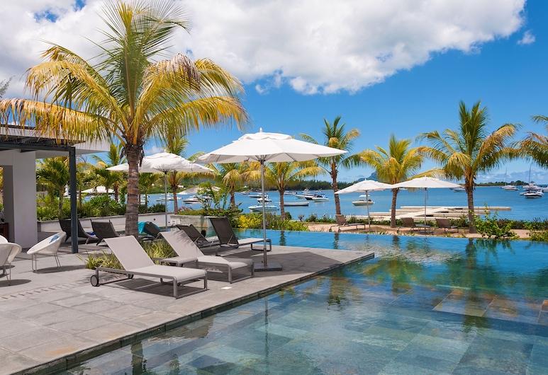 緯度奢華海濱複合式酒店, 黑河, 無邊際泳池