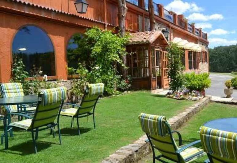 阿尔曼索尔青年旅舍, 南瓦然德德哥多司, 花园