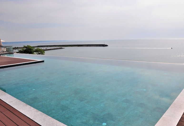 Grifid Encanto Beach Hotel - Wellness & SPA, Golden Sands, Piscina Transbordante