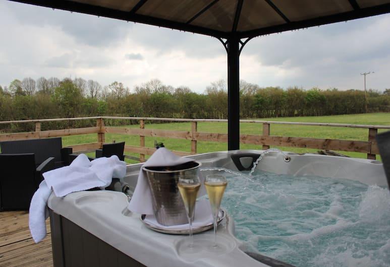 Badgers Mount Hotel, Leicester, Luxury Apart Daire, 1 Yatak Odası, Bahçe Manzaralı, Balkon