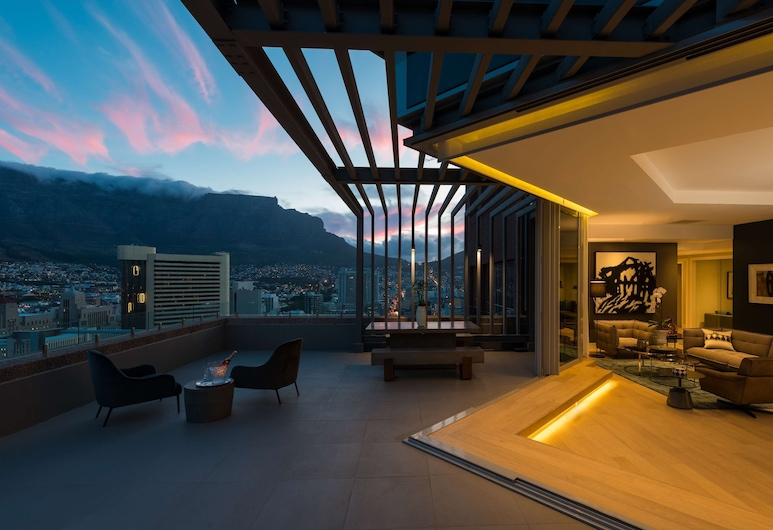 Radisson Blu Hotel & Residence, Cape Town, Cape Town