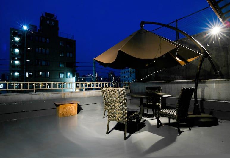 新世界旅館青年旅舍, 大阪, 單人房, 露台