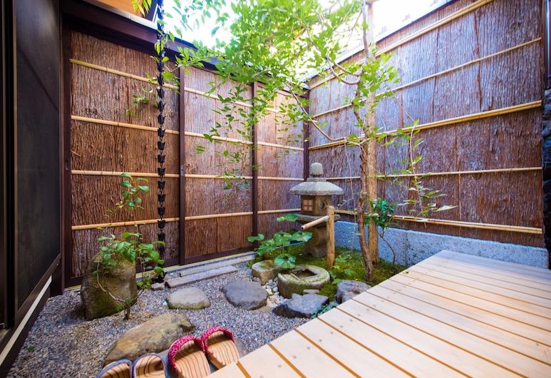 雲町屋・小月, Kyoto, 花園