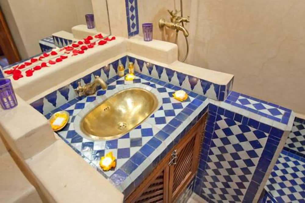 标准双人房/双床房 - 浴室