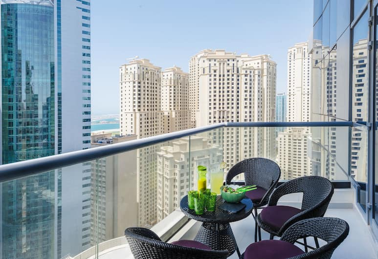 Dream Inn Dubai Bay Central, Dubajus, Apartamentai verslo klientams, 2 miegamieji, vaizdas į valčių prieplauką, Balkonas