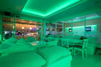 Picture of Phuket Airport Suites & Lounge Bar in Sa Khu