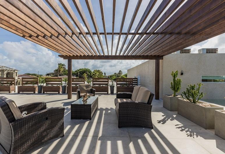 Koyari Modern Condos, Noord, Condominio familiar, cocina, con vista al patio, Terraza o patio