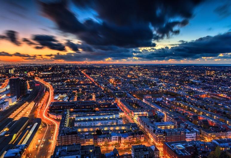 The Penthouse, Haag, Panoramic stuudio (29th floor 729), Vaade toast
