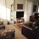 House, 3 Bedrooms, 2 Bathrooms (The Blue House  Ironwood, MI) - Living Room