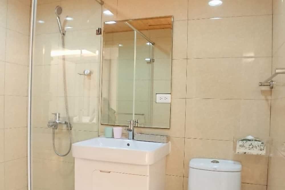 Štandardná dvojlôžková izba, 1 dvojlôžko - Kúpeľňa