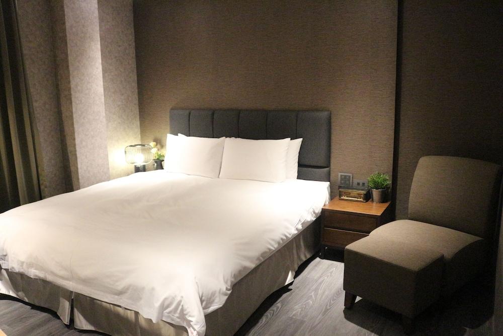 """""""Rose Boutique Hotel shuangcheng Hall booking.com""""的图片搜索结果"""