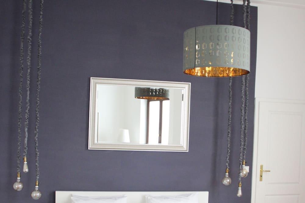 Design Apartment, 3 Bedrooms - Living Room