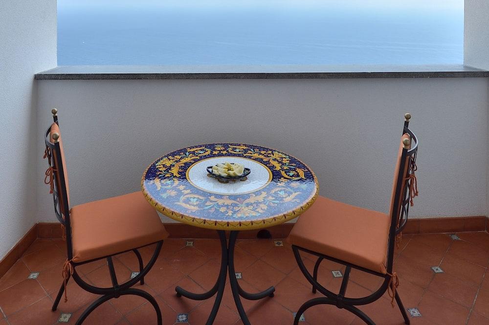 Habitación doble superior, 1 cama de matrimonio, baño privado, vistas al mar - Balcón
