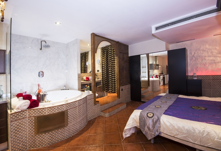Alaia Holidays Apartments & Suite Caballero de Gracia, Madrid, Apartment, 1 Schlafzimmer, Whirlpool (Árabe), Zimmer