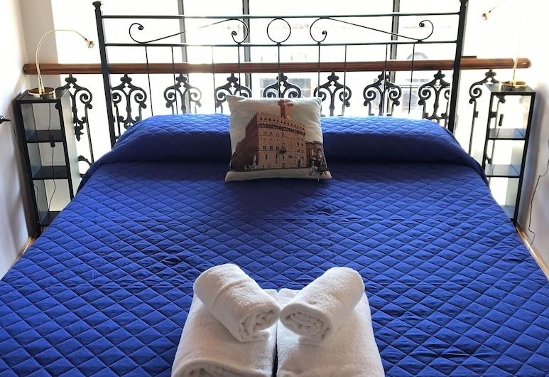 Sleep Florence, Florence, Loft Ville (Via del Presto, 2), Chambre