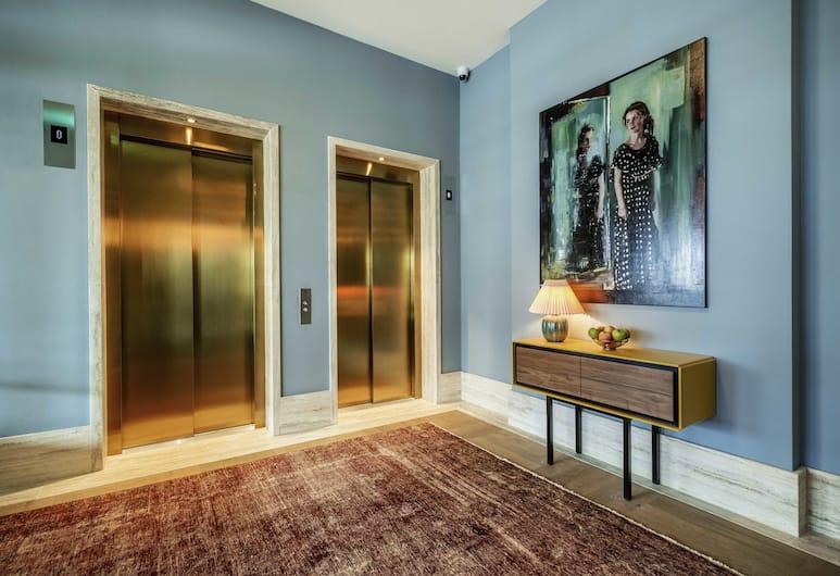 Hotel TWENTY EIGHT, Amsterdam, Flur