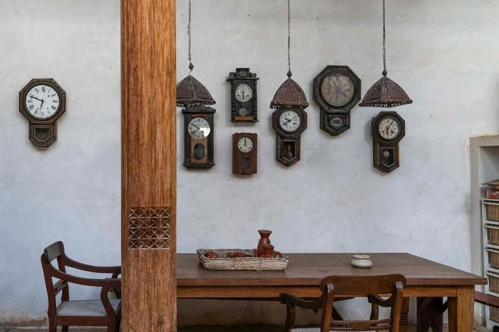 Standartinio tipo dvivietis kambarys - Vakarienės kambaryje