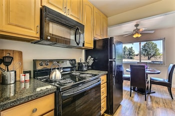 Picture of Highland Gardens 120 Scenic 1 1 in Mountain View by RedAwning in San Jose