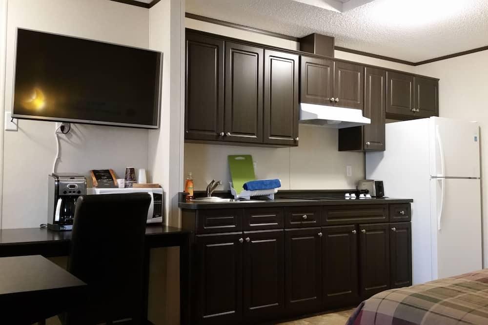 Deluxe Δωμάτιο, 1 Queen Κρεβάτι - Γεύματα στο δωμάτιο
