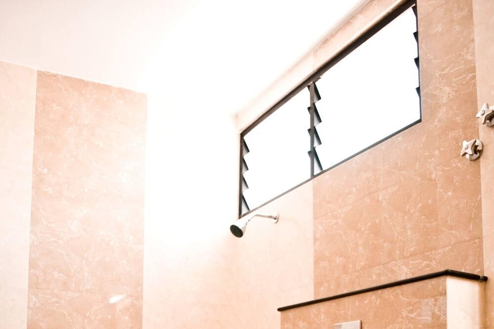 Habitación doble Deluxe, 1 cama doble - Baño