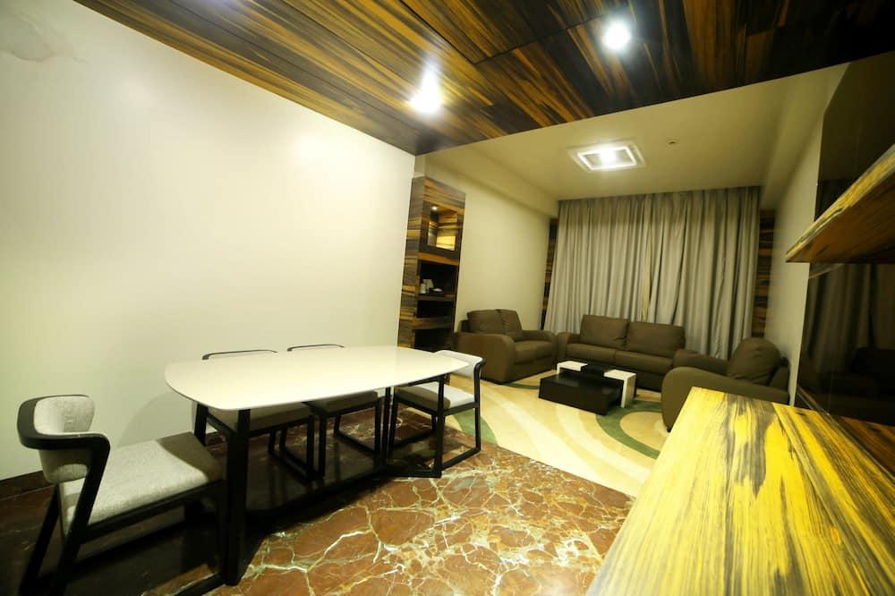 Apartmán typu Junior, 1 spálňa, vaňa - Obývacie priestory