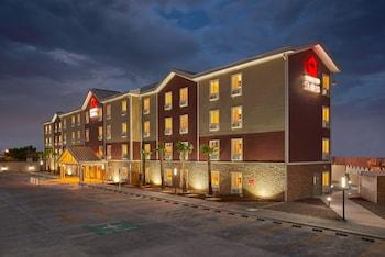 在华雷斯城的华雷斯市领事馆长住套房酒店照片