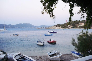 Picture of Despina Studios in Samos