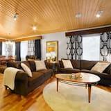 럭셔리 빌라, 침실 4개, 사우나 (Bed Linens Available for Extra Cost) - 거실 공간