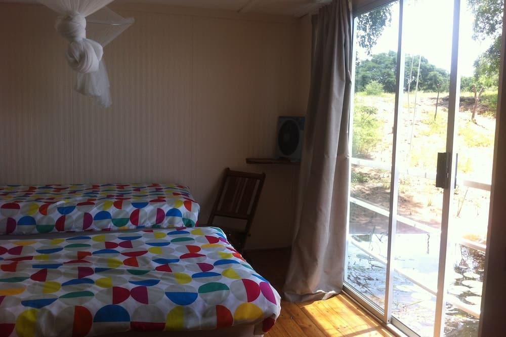 Dvojlôžková izba, výhľad na rieku - Obývacie priestory