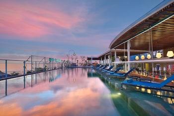 Gambar Aston Canggu Beach Resort - Bali di Canggu