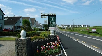 Picture of Castleview Golf Course B&B in Lahinch