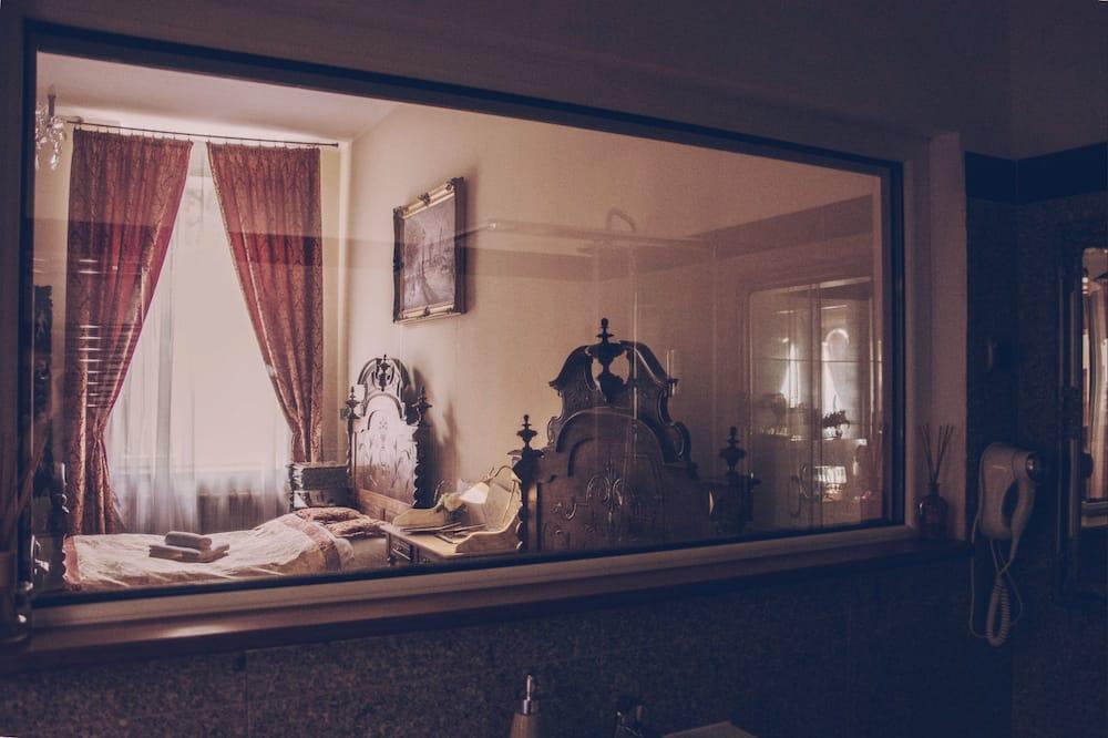 Kambarys šeimai, atskiras vonios kambarys - Svečių kambarys