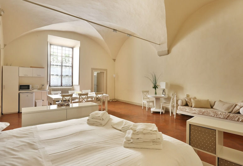 Via Santo Spirito 6, Florence, Appartement Duplex Classique, 2 chambres, four à micro-ondes, Chambre