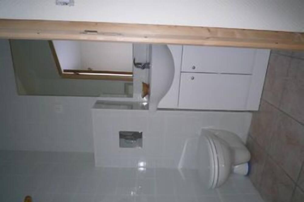 家庭四人房, 相連客房 - 浴室