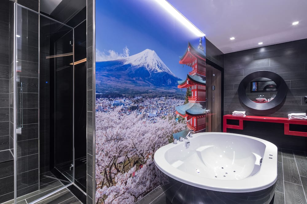 Tokyo Suite - Bathroom