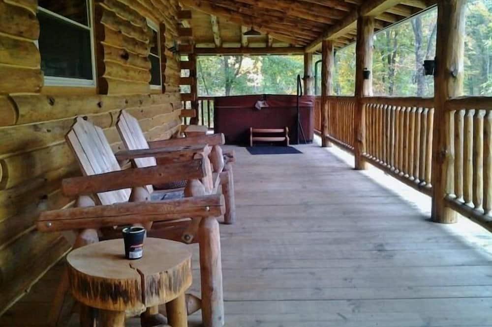 Standard Kulübe, Banyolu/Duşlu, Göl Manzaralı (Knotty Cabin) - Dış Mekân