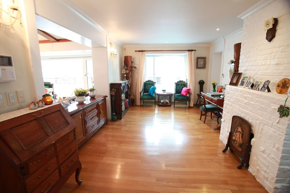 Dom, 3 spálne (Foreigners Only) - Obývačka
