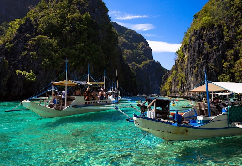 Outpost Beach Hostel - Adults Only, El Nido, Veneilyä