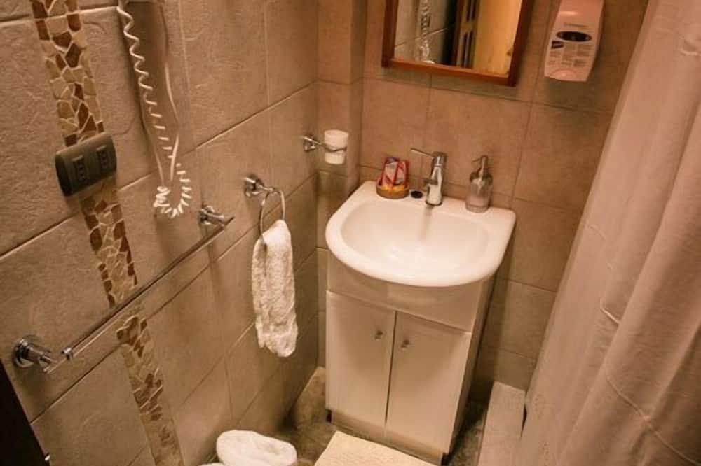 標準雙人房, 1 張加大雙人床, 非吸煙房, 獨立浴室 - 浴室