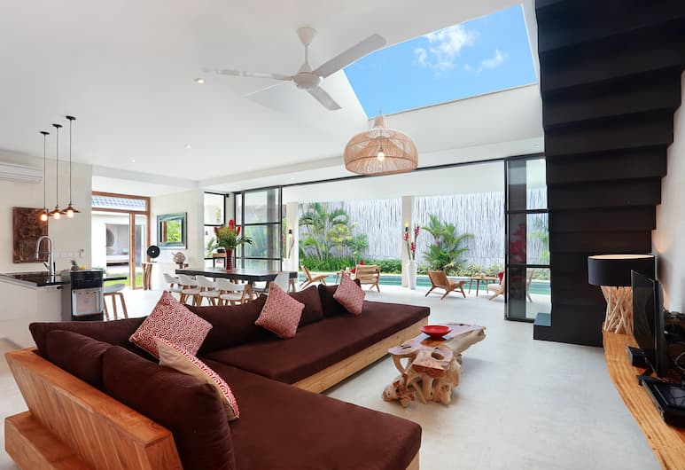 Seminyak White Design Villa, Seminyak, Villa, 5 slaapkamers, Woonkamer